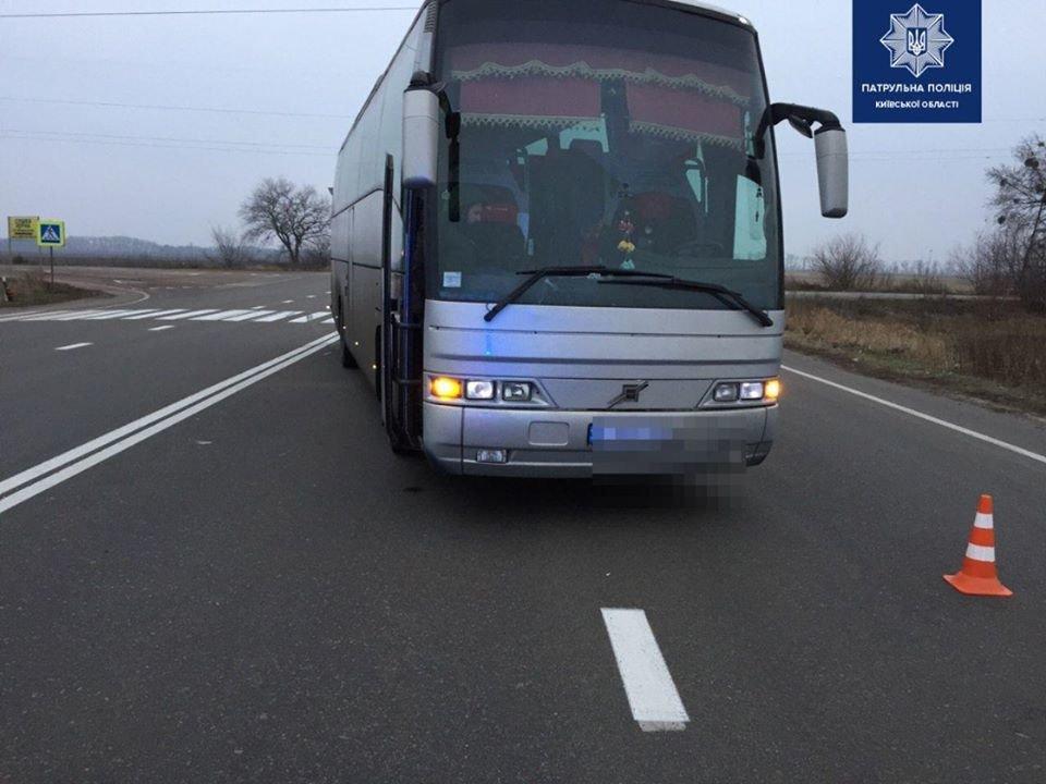 На Киевщине автобус сбил 40-летнюю женщину, - ФОТО , фото-1