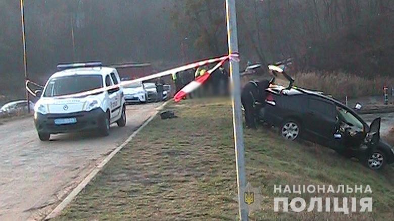 В Киеве возле озера нашли мертвую женщину рядом с ее автобилем: детали, фото-2