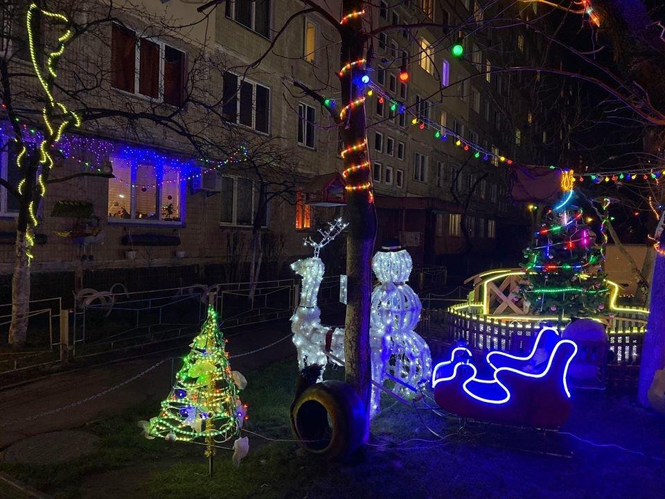 Жители Оболони в Киеве превратили свой двор в сказочный уголок, - ФОТО, фото-4