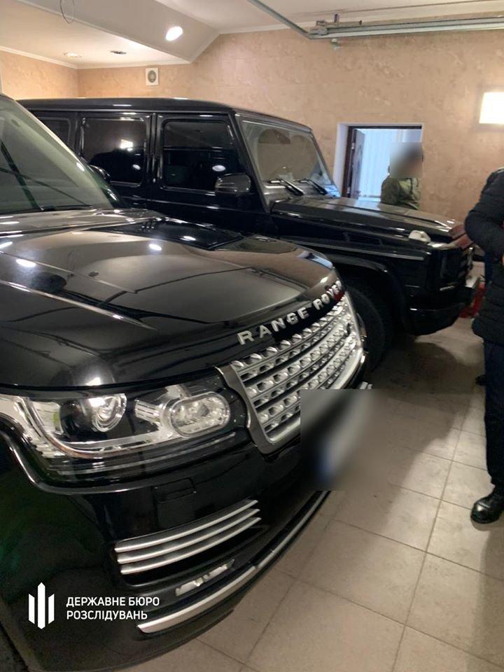 У народного депутата в Киеве обнаружили 6 элитных авто: его подозревают в хищении 200 млн грн, фото-2