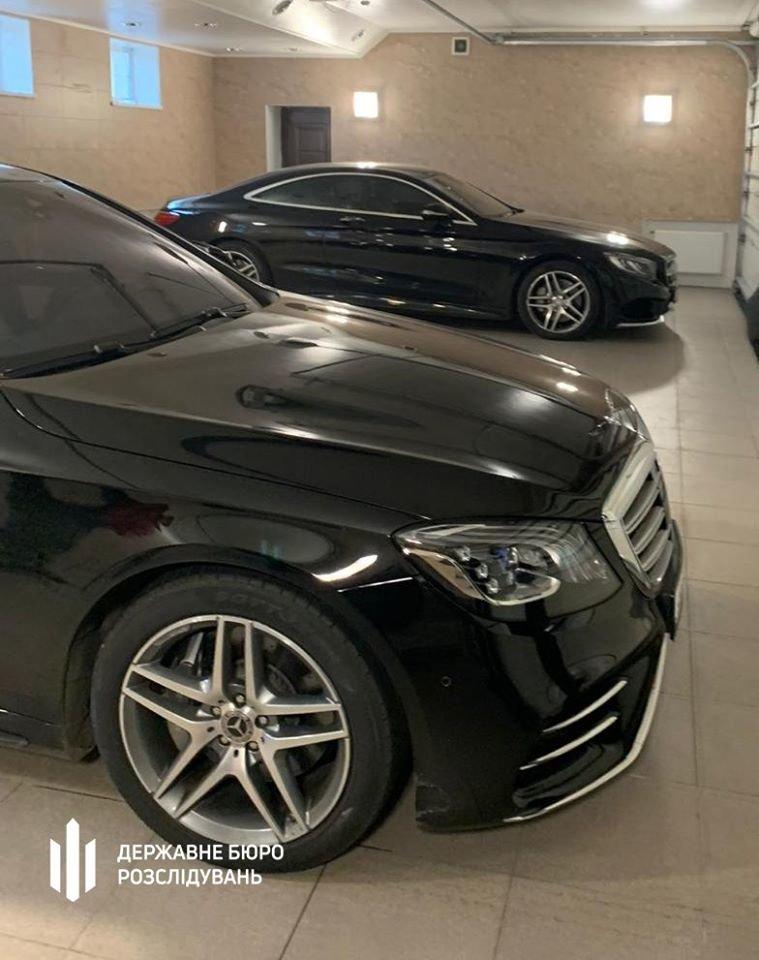 У народного депутата в Киеве обнаружили 6 элитных авто: его подозревают в хищении 200 млн грн, фото-5