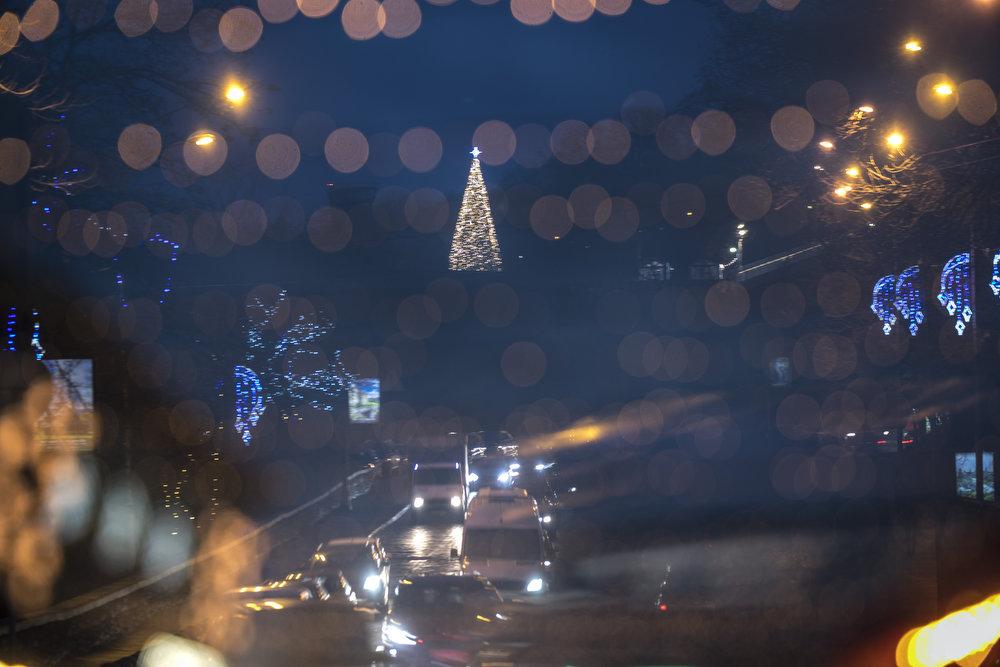 Как выглядит Киев накануне новогодне-рождественских праздников, - ФОТО, фото-6