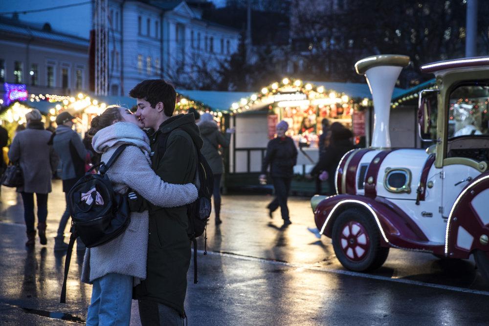 Как выглядит Киев накануне новогодне-рождественских праздников, - ФОТО, фото-11