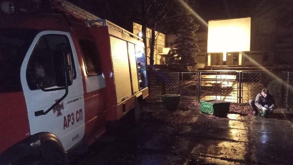 В Оболонском районе Киева 160 переселенцев остались без электричества: подробности , фото-1