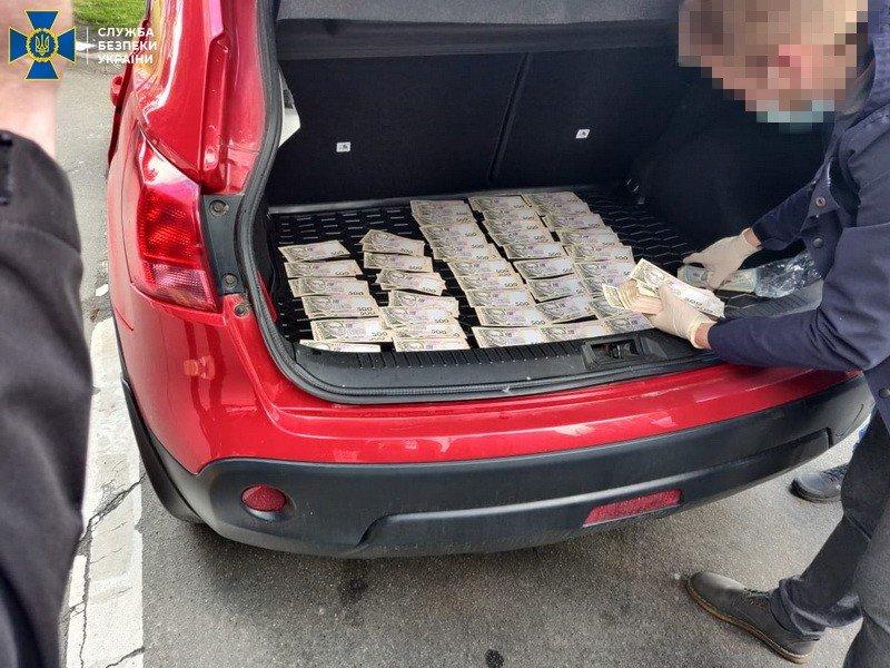 В Киеве поймали на взятке чиновника из Минобразования, - ФОТО, фото-2