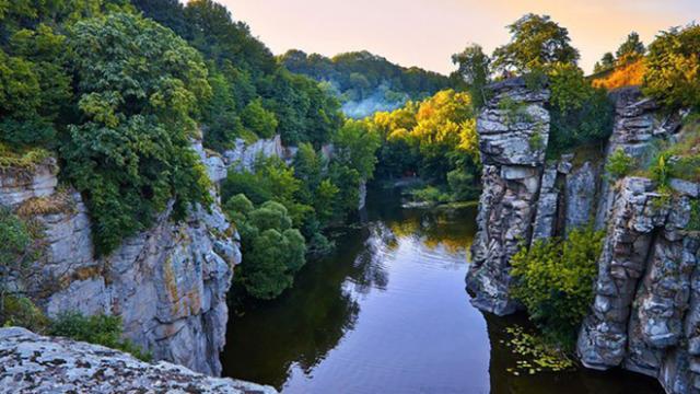 Куда поехать на выходные из Киева: интересные места в радиусе 200 км, фото-1