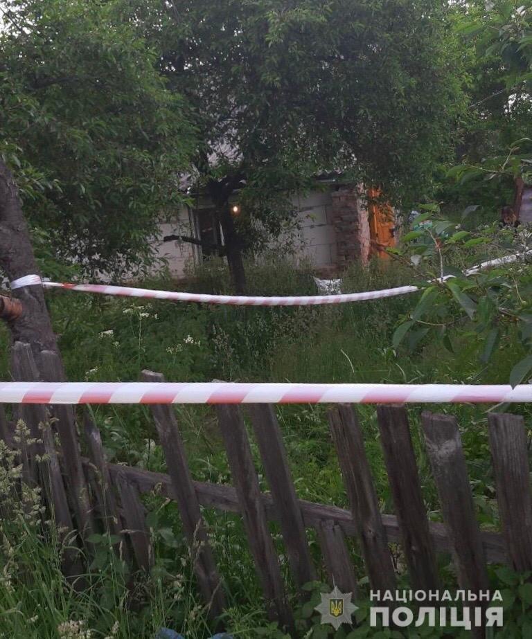 В Киевской области мужчина с ножом напал на сожителей: трое погибших, фото-1