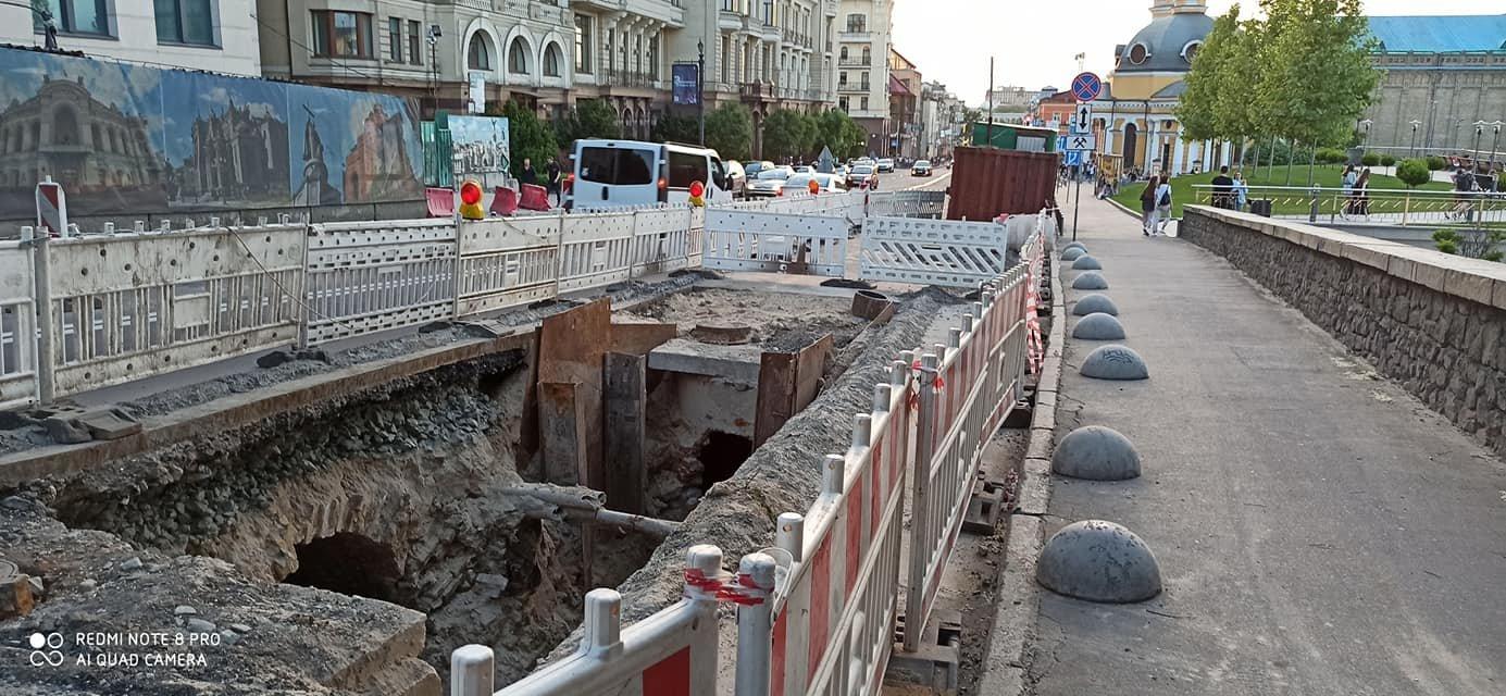 В центре Киева раскопали кирпичный коллектор XIX века, фото-3