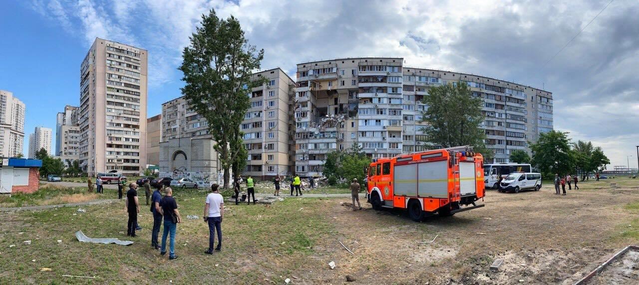 Взрыв дома в Киеве: здание может обрушиться, фото-1, Фото Муниципальной варты