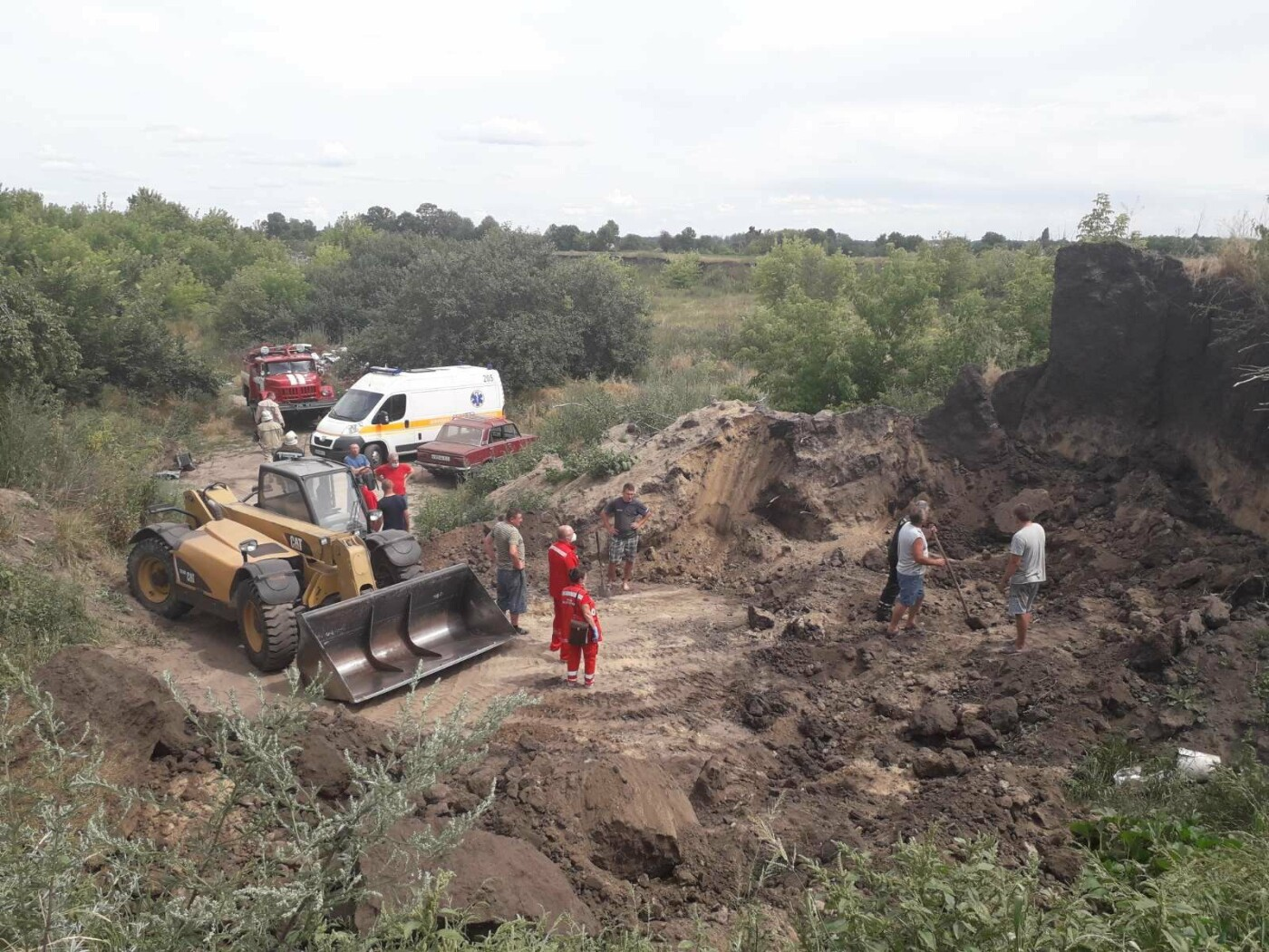 В Киевской области произошел обвал грунта: есть погибший, - ФОТО, фото-3, Фото: ГСЧС в Киевской области