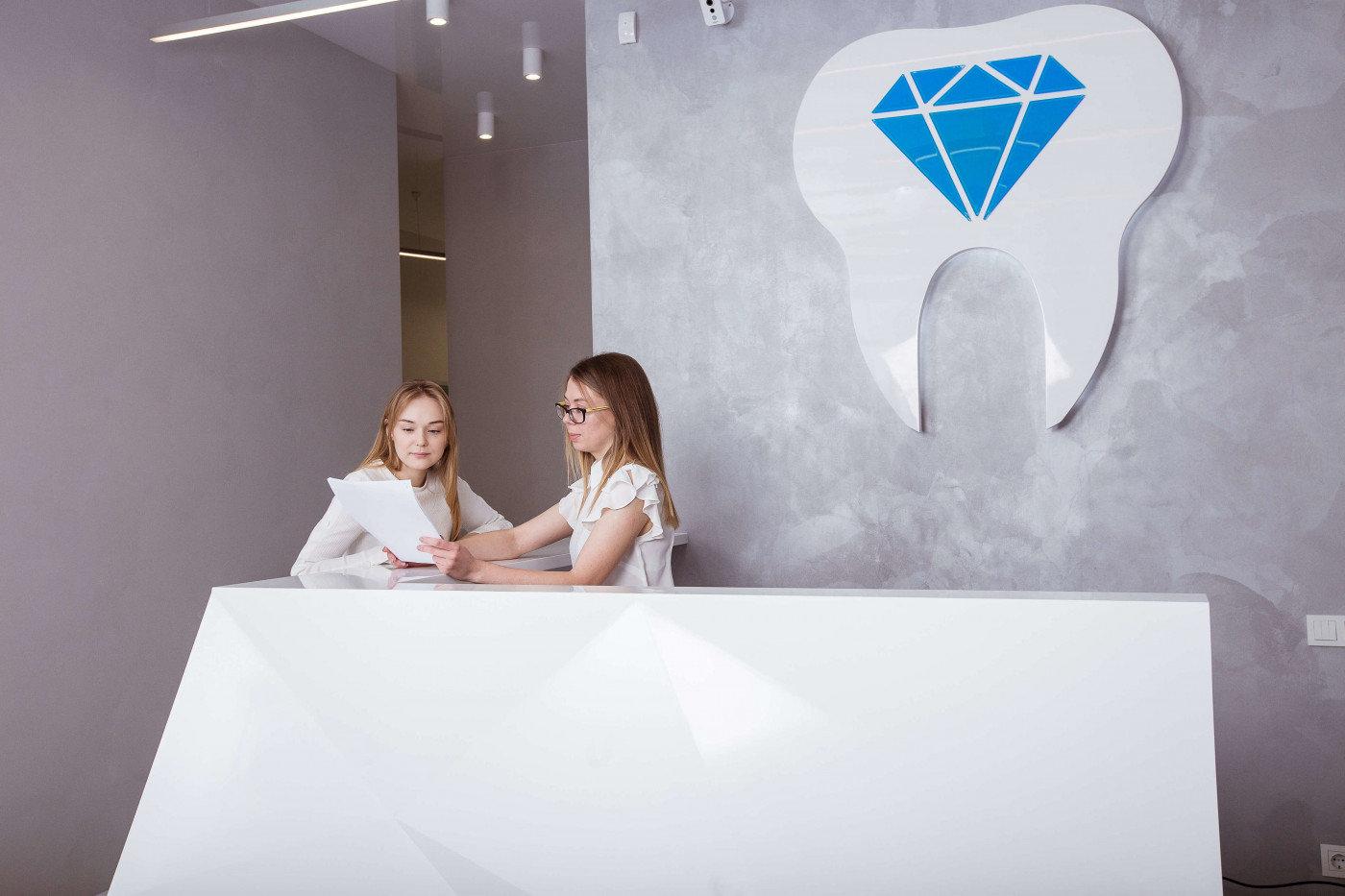 Лучшие стоматологические клиники Киева, безболезненное лечение зубов в столице, фото-35