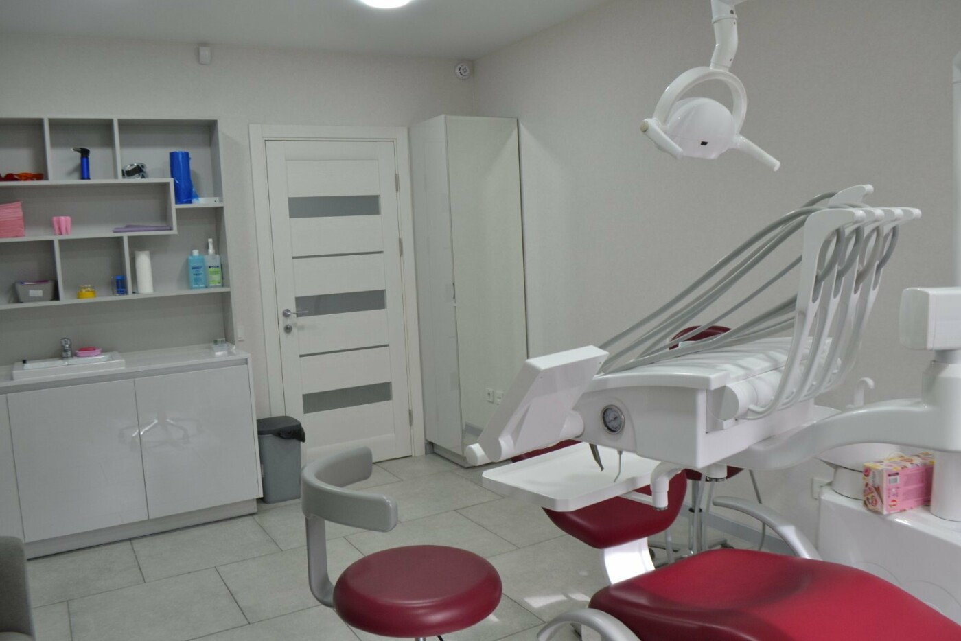 Лучшие стоматологические клиники Киева, безболезненное лечение зубов в столице, фото-5