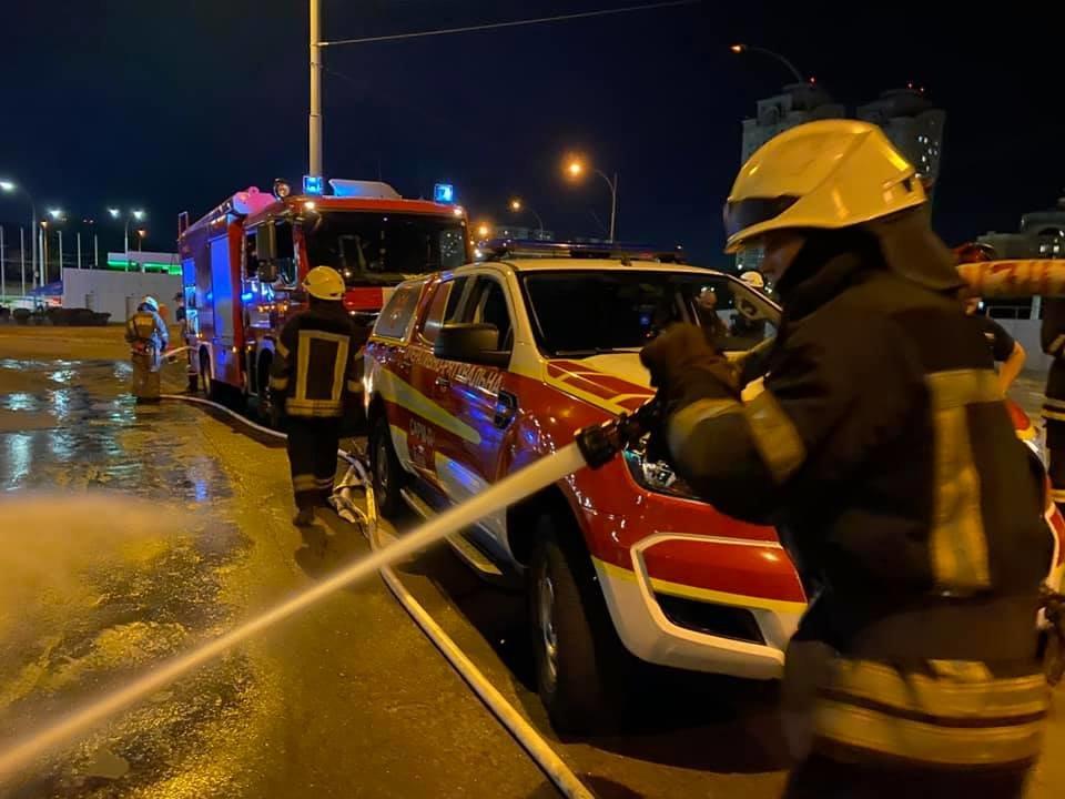 ДТП в Киеве: на Оболони произошло лобовое столкновение - ФОТО, фото-1