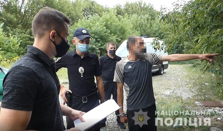 В Киеве бездомного задержали за попытку изнасилования 19-летней девушки, фото-2