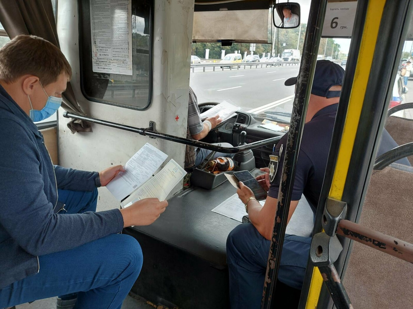 В Киеве перевозчик-нелегал самовольно придумал маршрут и возил людей, фото-3
