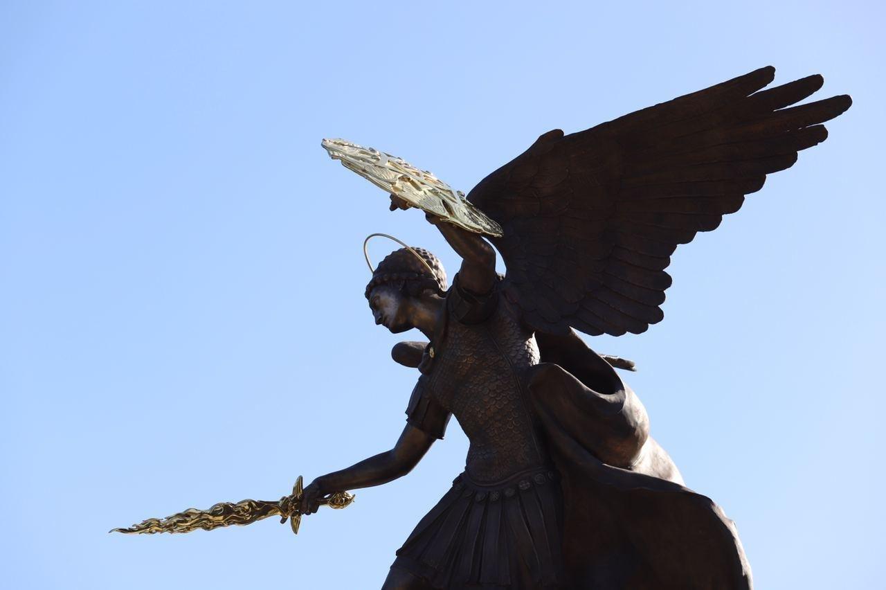 В Киеве открыли фонтан со скульптурой Архистратига Михаила - ВИДЕО, ФОТО, фото-1