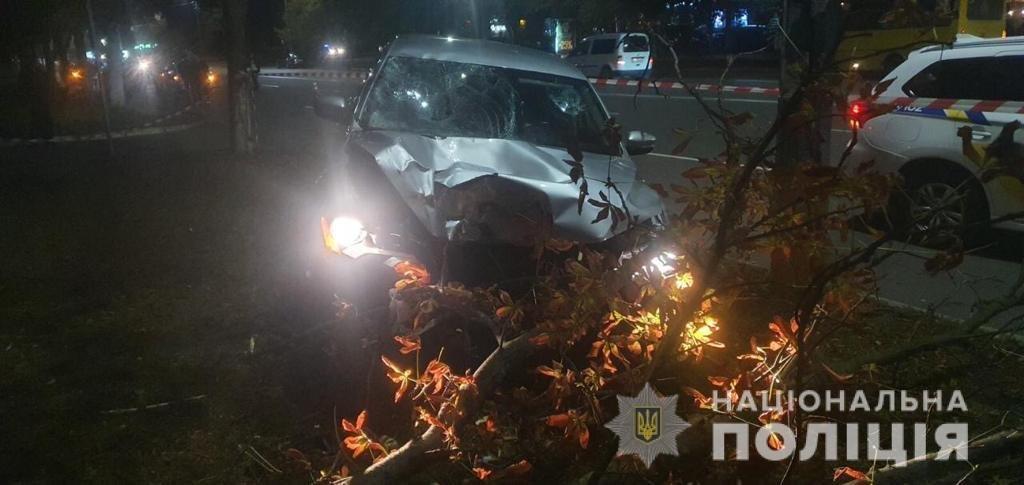 Под Киевом пьяный полицейский на пешеходном переходе сбил женщин, одна погибла, фото-1
