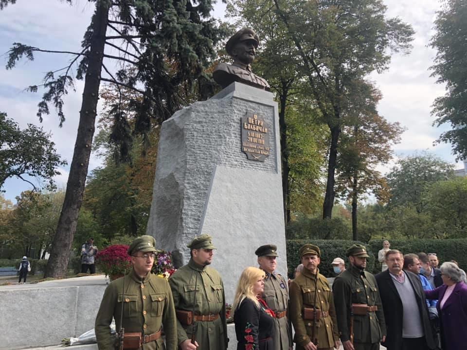 В Киеве появился памятник освободителю Крыма Болбочану, ФОТО, фото-2