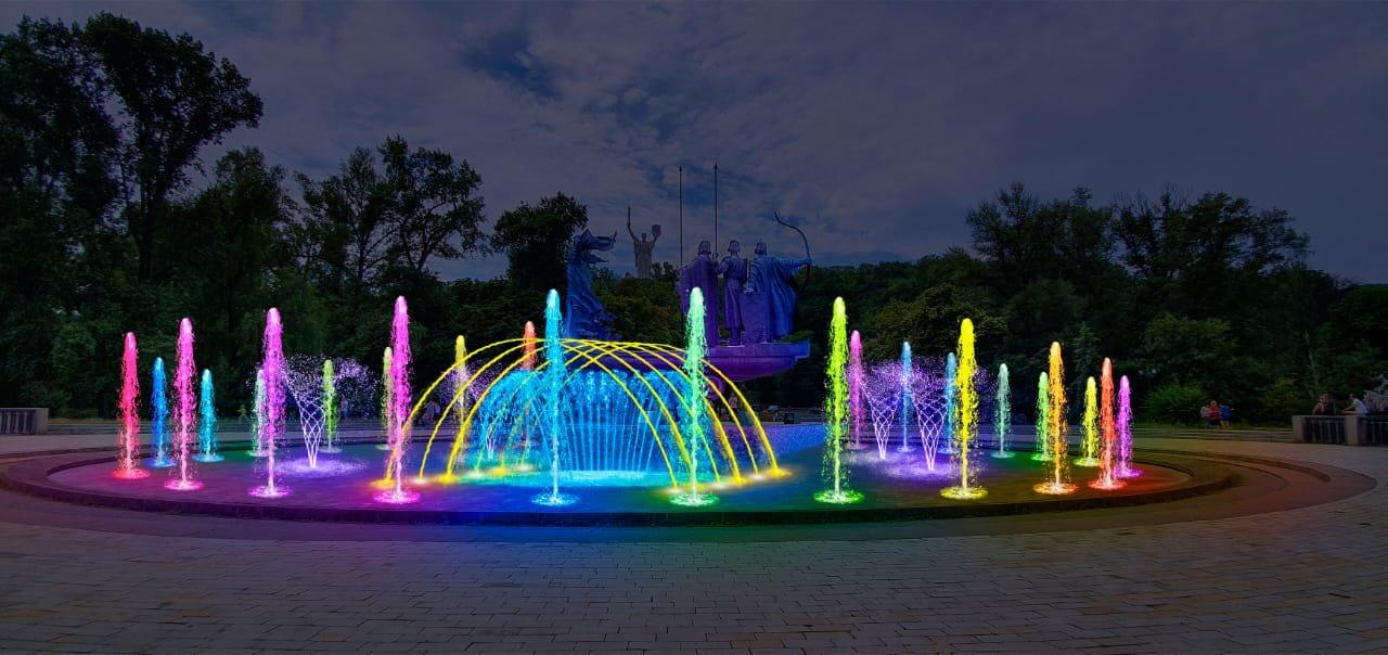 В Киеве стартовал ремонт фонтана возле памятника основателям: он будет с подсветкой, ФОТО, фото-3, Фото Киевзеоенстроя