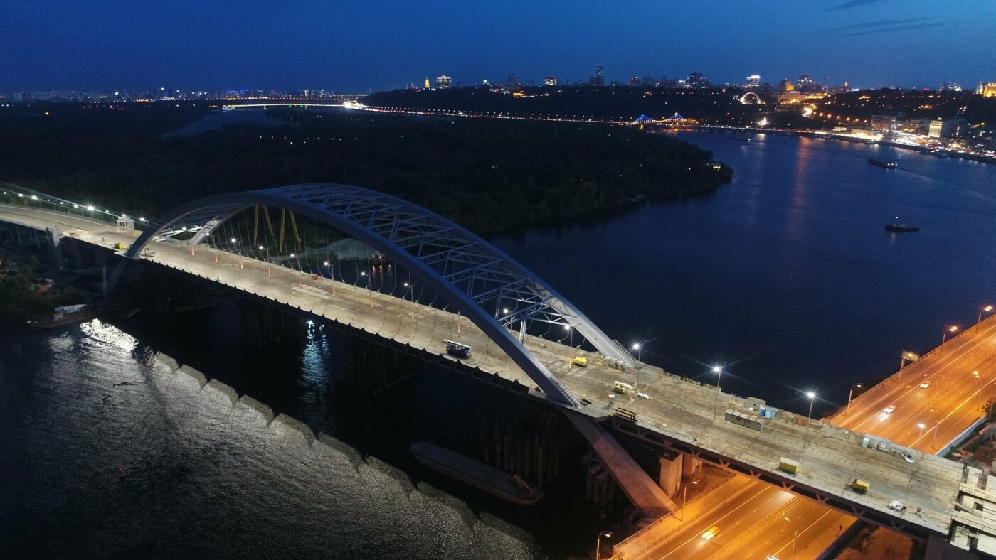 Как выглядит новая подсветка на Подольско-Восресенском мостовом переходе, - ФОТО, фото-5, Фото Павла Авдокушина
