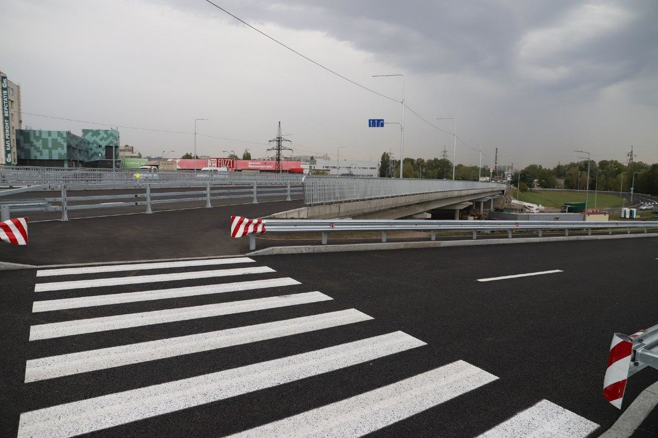 В Киеве открыли проезд двумя обновленными путепроводами, ФОТО, фото-5