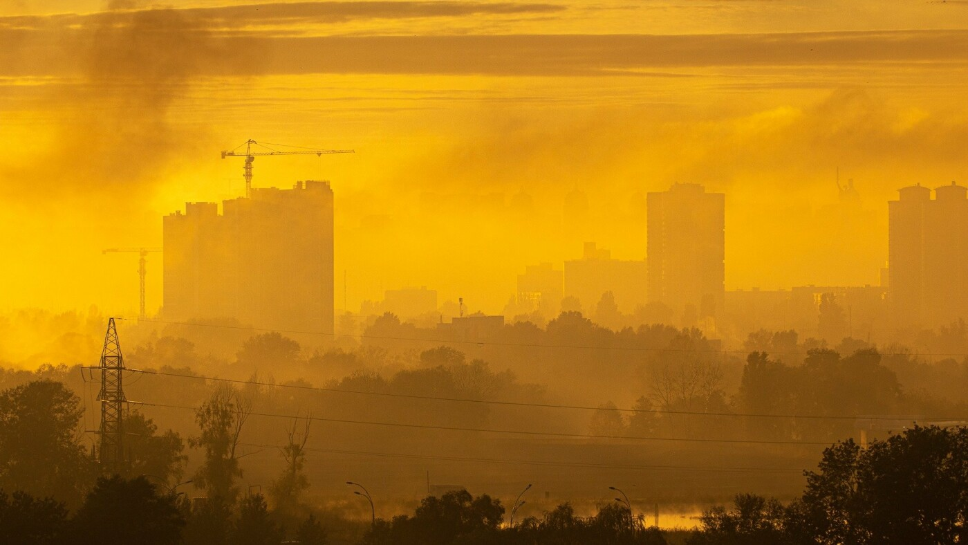 Туман в Киеве: жители столицы показали захватывающие фото ночного города , фото-3, Фото: Vladyslav Sodel