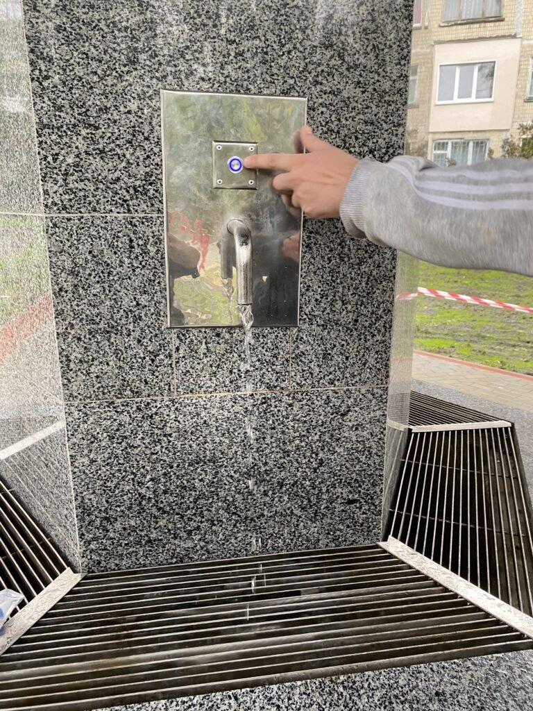 Как выглядит бювет за 5 миллионов гривен на Воскресенке в Киеве, ФОТО, фото-2, Фото Киевводфонда