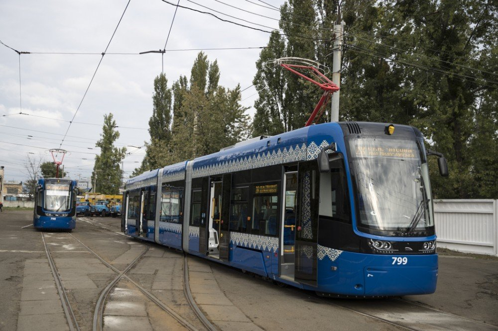 Не только в центр: польские трамваи PESA будут ездить в Киеве на Троещину, ФОТО, фото-5