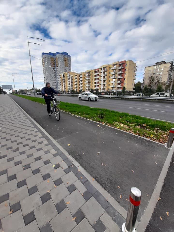 Возле университета НАУ в Киеве появятся новые велодорожки, ФОТО, фото-6, Фото Игоря Довбаня в Facebook