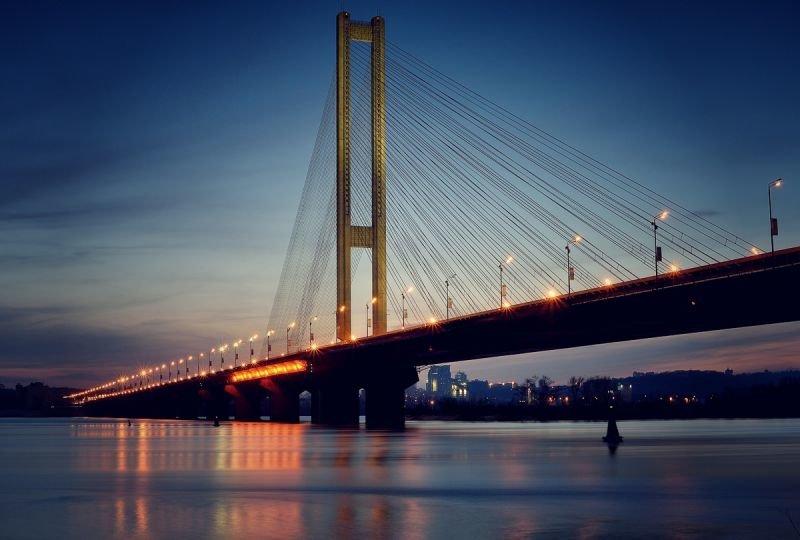 Лучшие мосты Киева, которые стоит увидеть каждому киевлянину своими глазами, Status Quo