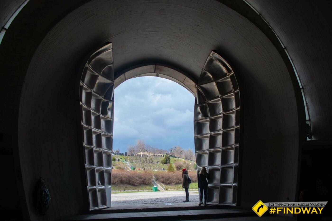 Киевский крематорий внутри, ФОТО, Фото: FindWay