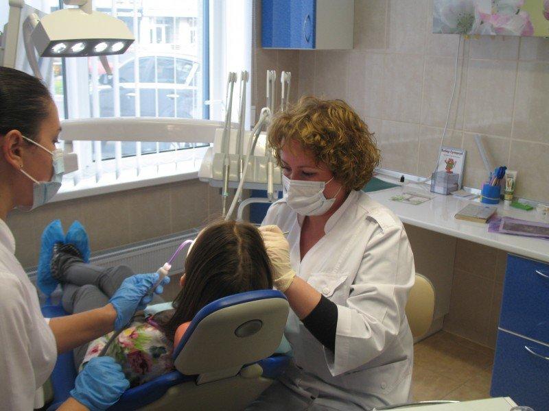 Лучшие стоматологические клиники Киева, безболезненное лечение зубов в столице, фото-72