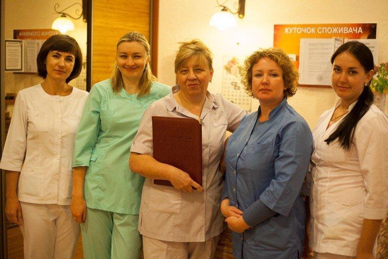 Лучшие стоматологические клиники Киева, безболезненное лечение зубов в столице, фото-76