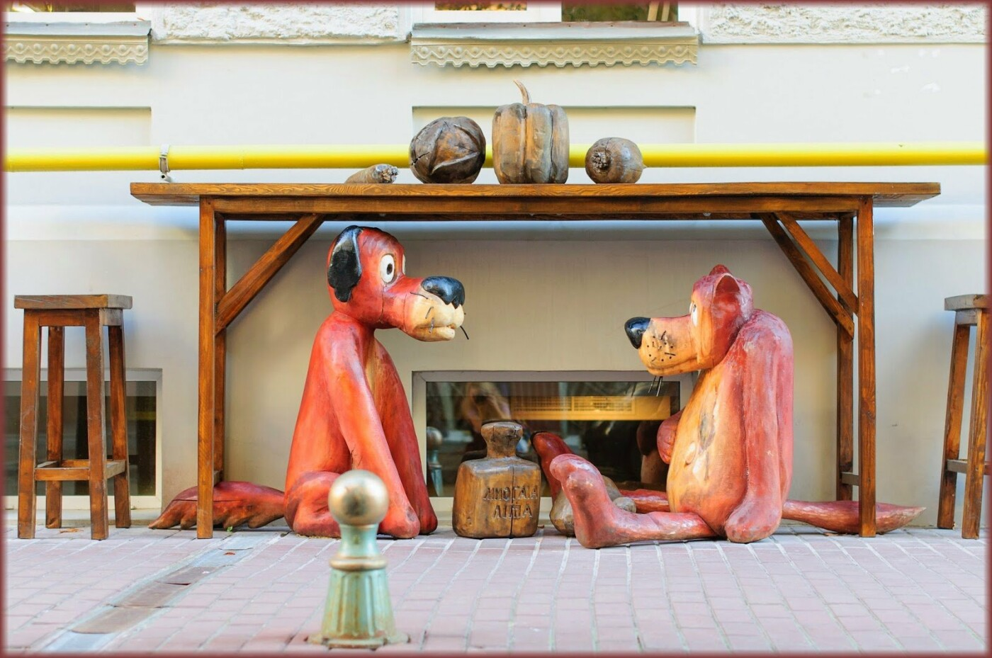 25 необычных памятников в Киеве