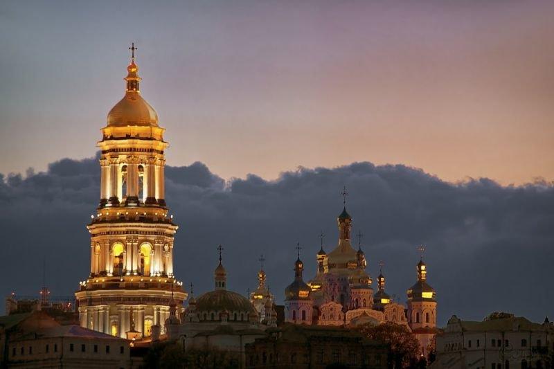 В Киеве немало городских часов. В том числе необычных. Есть и цветочные часы, и сказочные. Но журналист 44.ua решил рассказать о..., Фото: IGoToWorld
