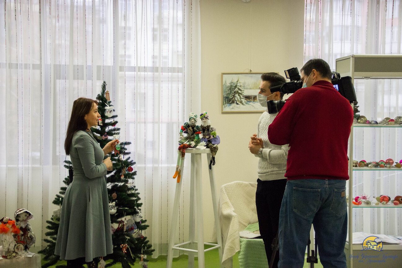 выставка новогодних игрушек, Центра украинской культуры и искусства
