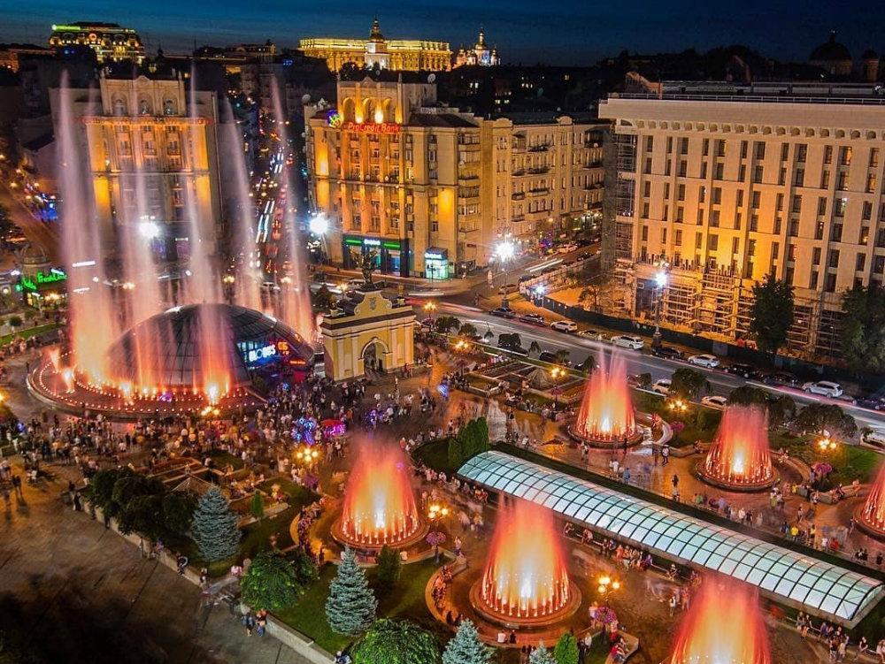 Киев в прошлом и теперь: 20 фото о том, как изменились самые популярные локации столицы, Фото: БЖ