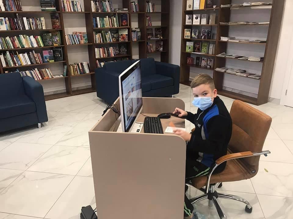 Библиотека на Нивках в Киеве