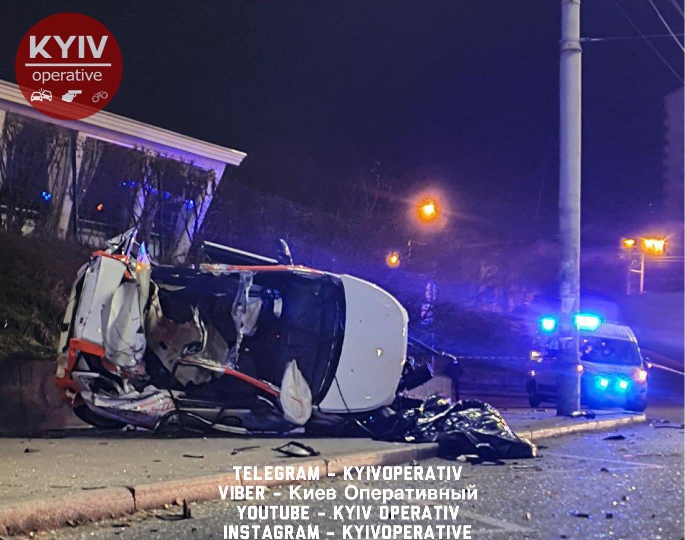 ДТП с участием автомобиля из службы краткосрочной аренды, Facebook «Киев Оперативный»