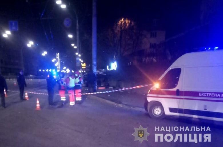 погибли два человека в арендованной машине Ravon