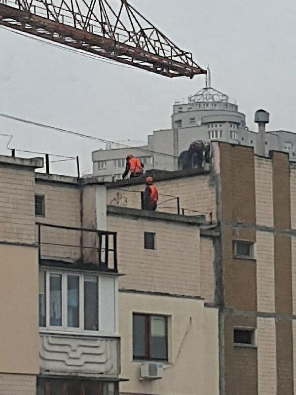 Начали демонтировать девятиэтажный жилой дом