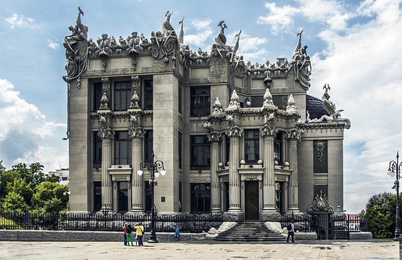 Дом с химерами в Киеве: история, где находится и как добраться, Фото: Life.bodo.ua