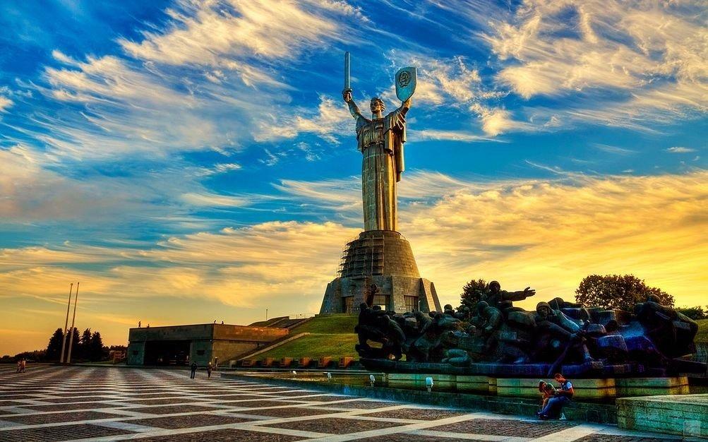 ТОП-10 лучших мест где встретить рассвет в Киеве