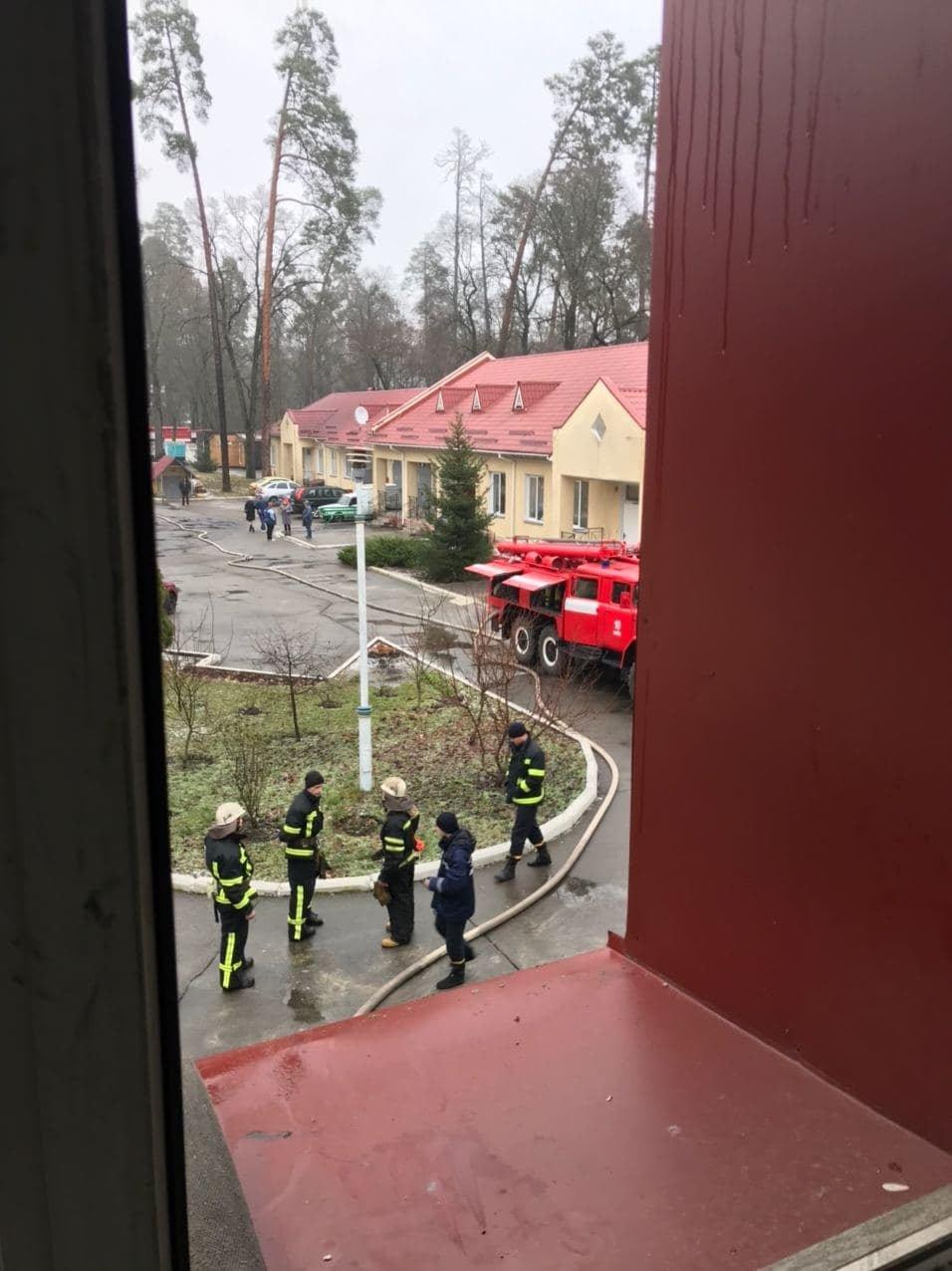 Горел психоневрологический диспансер по улице Юнкерова, 37.