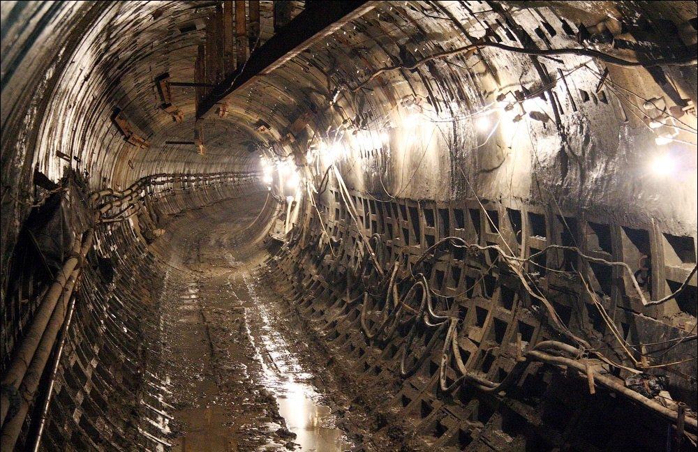 Зацеперы и безумный поручень: ТОП аварий в киевском метро, фото-2
