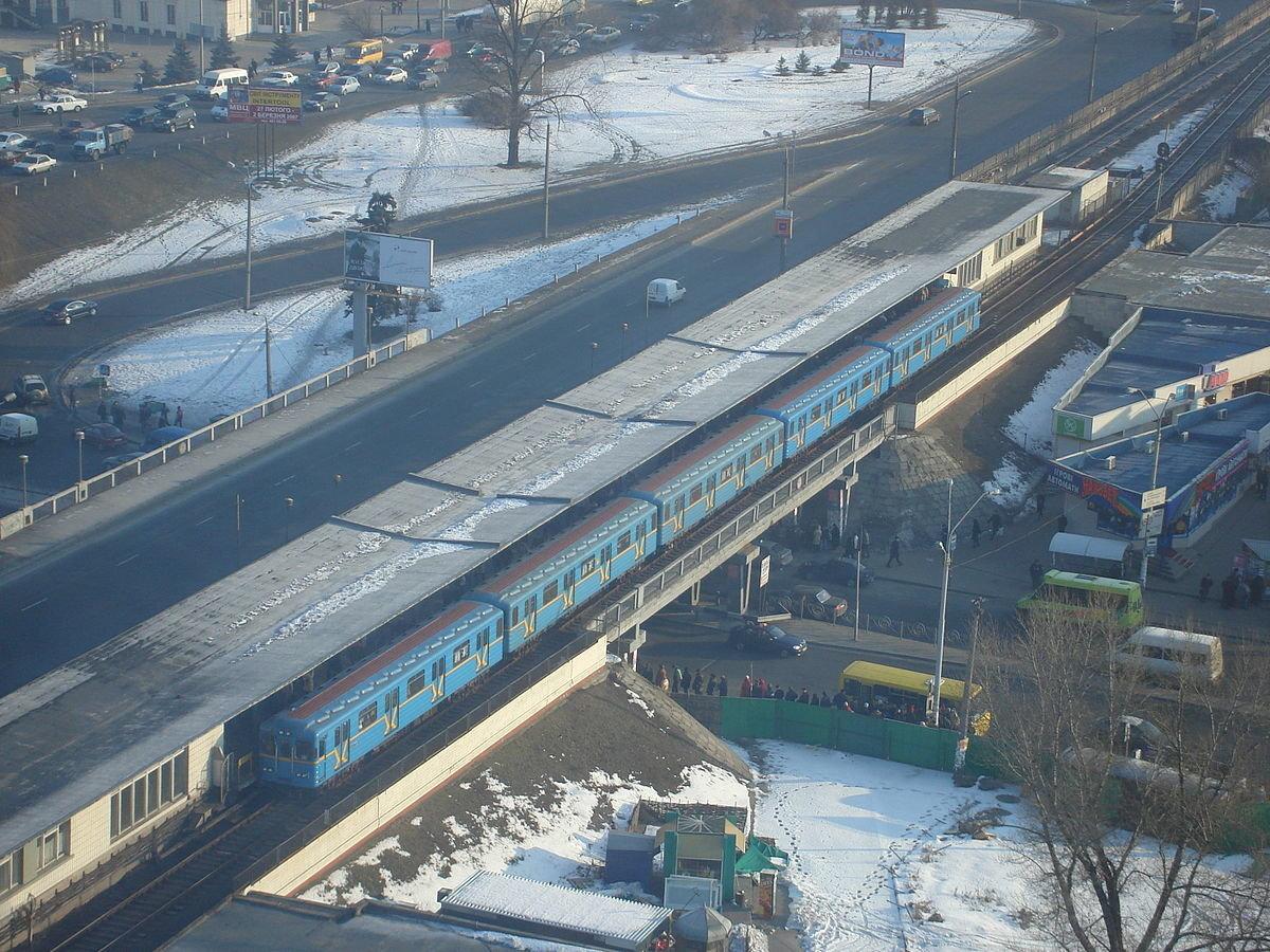 Зацеперы и безумный поручень: ТОП аварий в киевском метро, фото-3
