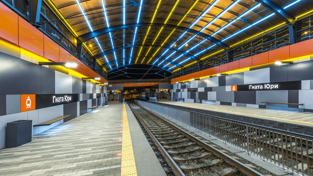 Скоростной трамвай в Киеве: как строили, сколько станций и как они выглядят, Фото: Информатор