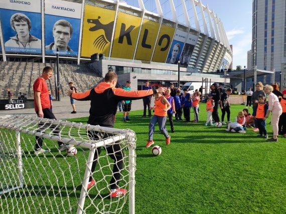 """""""Инклюзивный футбол для детей"""" - в Киеве стартовал благотворительный проект, фото-1"""