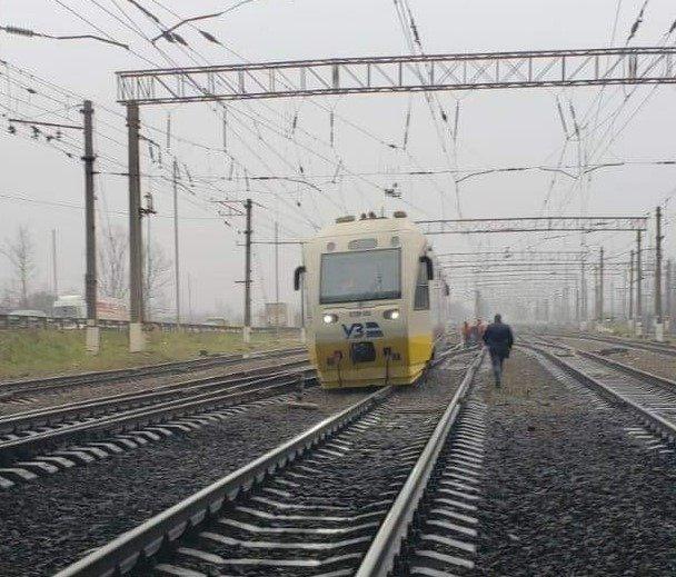 В Киеве сошел поезд с рейсов, Фото: Алексей Довгалюк