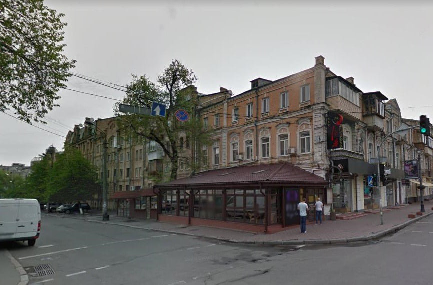 мужчина самовольно заняв земельный участок площадью 0,02 га по улице Петра Сагайдачного.